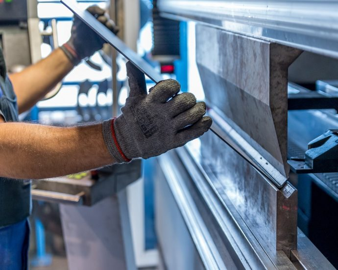 Profesjonalne urządzenia do piaskowania metalu